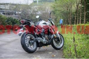 Дорожній мотоцикл Lifan KP250